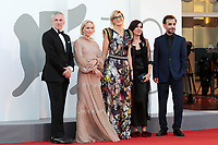 VENICE, ITALY - SEPTEMBER 11: Orizzonti Jury members Josh Siegel, Mona Fastvold, Orizzonti Jury President Jasmila Žbanić, and Orizzonti Jury members Nadia Terranova, Shahram Mokri attend the closing ceremony red carpet during the 78th Venice International Film Festival on September 11, 2021 in Venice, Italy. <br /> CAP/MPI/AF<br /> ©AF/MPI/Capital Pictures