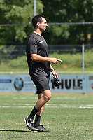 RC LAUWE :<br /> hulptrainer Swiftnick Verbrugghe<br /> <br /> Foto VDB / Bart Vandenbroucke