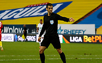 MANIZALES -COLOMBIA, 6-10-2020: Andrés Rojas Noguera, arbitro durante partido entre Once Caldas y Deportivo Pereira, de la fecha12 por la Liga BetPlay DIMAYOR 2020-I jugado en el estadio Palogrande de la ciudad de Manizales. / Andres Rojas Noguera, referee during a match between Once Caldas and Deportivo Pereira, of the 12th date for the BetPlay DIAMYOR Leguaje 2020-I played at the Palogrande stadium in Manizales city. Photo: VizzorImage/ John Jairo Bonilla /  Contribuidor