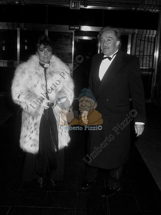 PATRIZIA REGGIANI GUCCI CON UGO TOGNAZZI - <br /> PREMIO THE  BEST    -  NEW YORK 1982