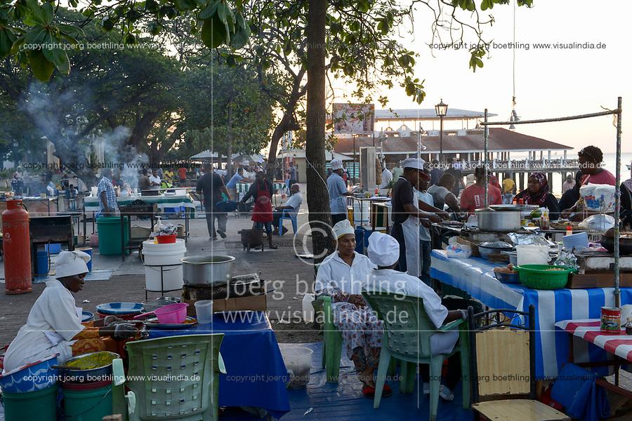 TANZANIA, Zanzibar, Stone town, street food, fish and seafood stalls