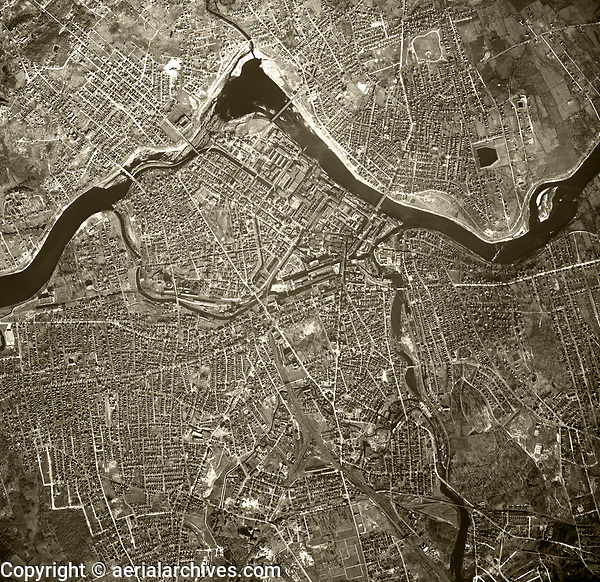 historical aerial photograph Lowell, Massachusetts, 1955