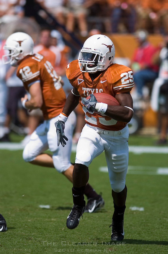 02 September 2006: University of Texas back Jamaal Charles runs the ball during the Longhorns 56-7 victory over the University of North Texas at Darrell K Royal Memorial Stadium in Austin, TX.