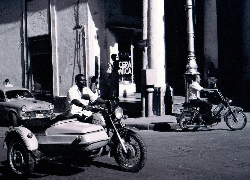 A street scene in Havana. MARK TAYLOR GALLERY