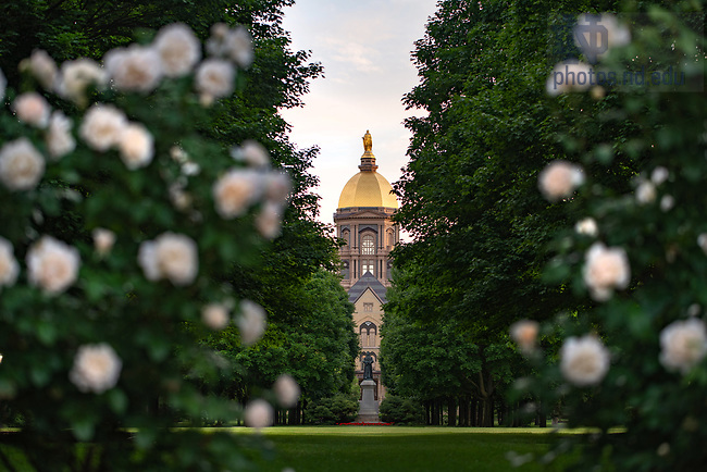 June 9, 2020; Main Building (Photo by Matt Cashore/University of Notre Dame)