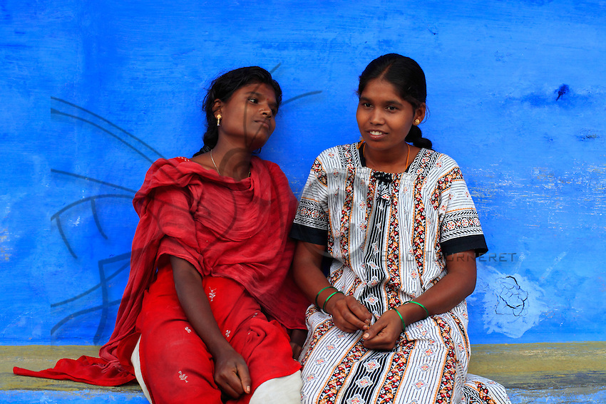 Two young Irula woman.