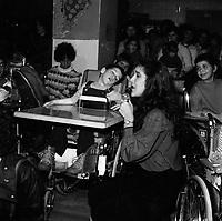 Celine Dion a des debuts en 1981-82 impliquee aupres d'enfants malades.<br /> <br /> PHOTO :  Agence Quebec Presse