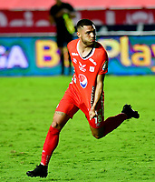 CALI-COLOMBIA, 20-09-2020: Rodrigo Ureña de America de Cali de Cali celebra el gol anotado a Atletico Bucaramanga, durante partido entre America de Cali y Atletico Bucaramanga, de la fecha 9 por la Liga BetPlay DIMAYOR I 2020 jugado en el estadio Pascual Guerrero de la ciudad de Cali. / Rodrigo Ureña of America de Cali celebrates the scored goal to El Atletico Bucaramanga, during a match between America de Cali and Atletico Bucaramanga, of the 9th date for the BetPlay DIMAYOR I 2020 played at the Pascual Guerrero stadium in Cali city. / Photo: VizzorImage / Nelson Rios / Cont.