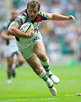 Nick Evans of Harlequins scores a try during the Aviva Premiership match between London Wasps and Harlequins at Twickenham on Saturday 1st September 2012 (Photo by Rob Munro).