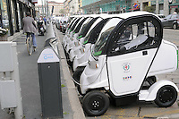 - stazione di ricarica per automobili elettriche del servizio EQ Sharing organizzato dal Comune di Milano<br />