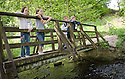 21/05/2010   Copyright  Pic : James Stewart.002_helix_green_team_walk  .::  HELIX PROJECT ::  GREENSPACE :: KIDS FROM THE HELIX GREEN TEAM TAKE A BREAK DURING THEIR WALK THROUGH THE EAST PART OF THE HELIX WOODLAND GREENSPACE  ::.