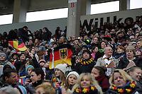 Deutsche Fans im Stadion am Bieberer Berg