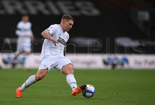 31st October 2020; Vitality Stadium, Bournemouth, Dorset, England; English Football League Championship Football, Bournemouth Athletic versus Derby County; Martyn Waghorn of Derby County controls the ball
