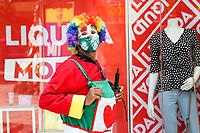 Campinas (SP), 04/01/2021 - Comércio-SP - Comerciantes de Campinas, interior de São Paulo, apostam nos descontos no começo do ano. Em muitas das lojas das 13 de Maio no centro de Campinas, já é possível ver as promoções e liquidações nesta segunda-feira (04).