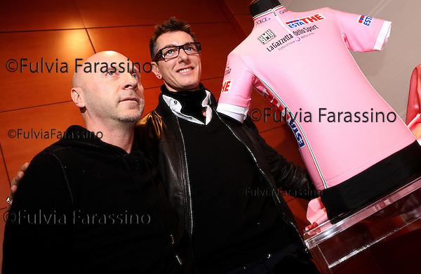 Dolce e Gabbana alla presentazione nuova maglia del Giro d\' Italia. Dolce & Gabban at the presentation of the new Giro d'Italia pink jersey.Gazzetta dello Sport,  sala Montanelli, Milano 2008