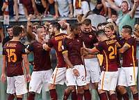 Calcio, Serie A: Roma vs Juventus. Roma, stadio Olimpico, 30 agosto 2015.<br /> Roma's Edin Dzeko, fourth from right, celebrates with teammates after scoring during the Italian Serie A football match between Roma and Juventus at Rome's Olympic stadium, 30 August 2015.<br /> UPDATE IMAGES PRESS/Riccardo De Luca