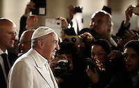 Papa Francesco saluta i fedeli dopo aver reso omaggio al Presepe in Piazza San Pietro. Città del Vaticano.<br /> Pope Francis greets faithfuls after visiting the traditional Crib in St Peter's Square at the Vatican, on December 31, 2016.<br /> UPDATE IMAGES PRESS/Isabella Bonotto<br /> <br /> STRICTLY ONLY FOR EDITORIAL USE