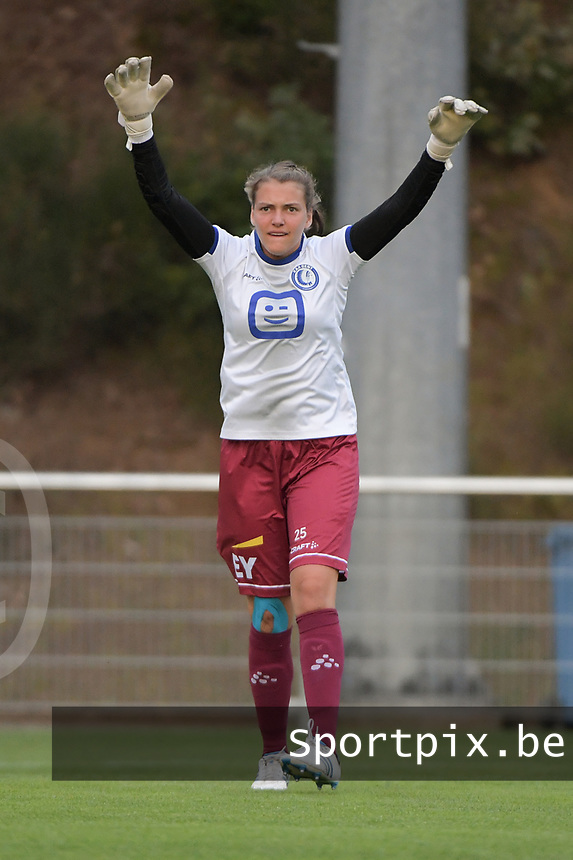 goalkeeper Riet Maes (25) of AA Gent Ladies pictured during the warming up of a female soccer game between RSC Anderlecht Dames and AA Gent Ladies  on the fourth matchday of the 2021 - 2022 season of Belgian Womens Super League , friday 10 th of September 2021 in Overijse , Belgium . PHOTO SPORTPIX | DIRK VUYLSTEKE