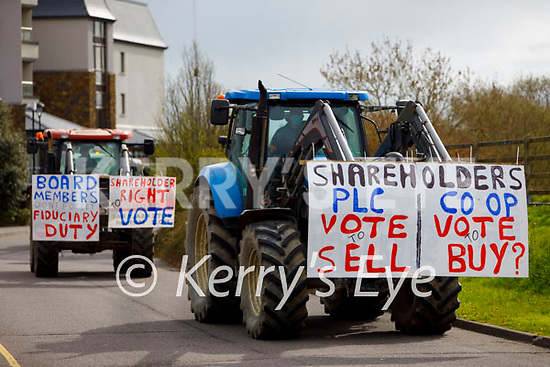 Kerry farmers protesting at the Kerry Co-Op offices in Fells Point on Thursday.