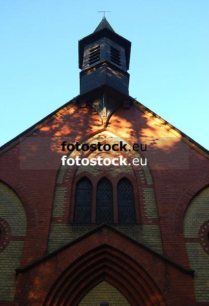 Vierzehn-Nothelfer-Kapelle im Abendlicht, Gonsenheimer Wald