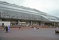 "Glasgow: St. Enoch's Centre, Scotland's famous shopping mall, at St. Enoch's Square. Sir Robert Alpine,1986-89. Massive glass roof. Nicknamed ""Glasgow Greenhouse"" Photo '90."