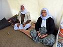 Iraq 2015   In the camp of Berseve, Yezidi couple in their tent  <br /> Irak 2015 Un couple de yezidi dans leur tente au camp de Berseve<br /> عیراق 2015 ، که مپی بیرسیو، ژن و مردی ئیزه دی له نیو خیوه ته که یان