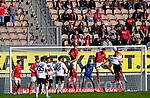 Berief im Lauterer Strafraum beim Spiel in der 3. Liga, 1. FC Kaiserslautern - SV Waldhof Mannheim.<br /> <br /> Foto © PIX-Sportfotos *** Foto ist honorarpflichtig! *** Auf Anfrage in hoeherer Qualitaet/Aufloesung. Belegexemplar erbeten. Veroeffentlichung ausschliesslich fuer journalistisch-publizistische Zwecke. For editorial use only. DFL regulations prohibit any use of photographs as image sequences and/or quasi-video.