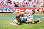 Dewald Human of South Africa (L) fights with Will Eduards of England (R) during the HSBC Hong Kong Sevens 2018 match between South Africa and England on April 7, 2018 in Hong Kong, Hong Kong. Photo by Marcio Rodrigo Machado / Power Sport Images