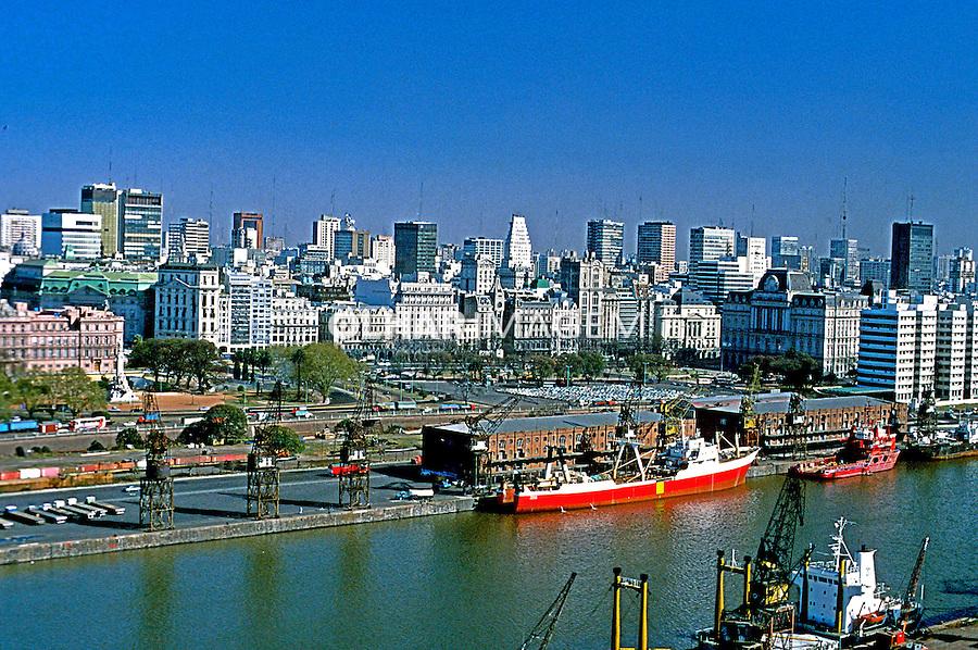 Porto Madero em Buenos Aires. Argentina. 1985. Foto de Daniel Augusto Jr.