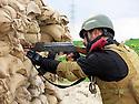 Iraq 2015 <br /> Peshmerga near Zummar, on the front line, facing Daesh <br /> Irak 2015 <br /> Peshmerga, a cote de Zummar, sur la ligne de front, face a Daesh