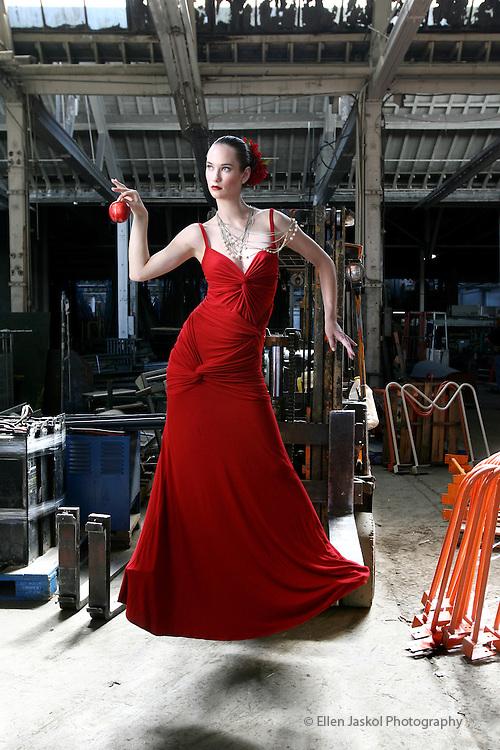 Fall fashion.   September 25, 2008.  (ELLEN JASKOL/ROCKY MOUNTAIN NEWS)