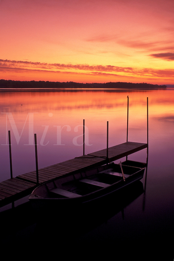 sunrise, rowboat, dock, Vermont, VT, South Hero, [Sunrise, sunset] on Keeler Bay on Lake Champlain.