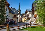 Austria, Salzburger Land, Tennengau, Russbach am Pass Gschuett: village centre with parish church | Oesterreich, Salzburger Land, Tennengau, Russbach am Pass Gschuett: Dorfzentrum mit Pfarrkirche hl. Kreuz