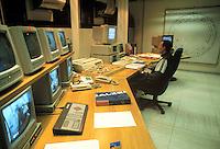 - Consortium for Scientific and Technological Research in Trieste, Science Park area of Padriciano; control room of Synchrotron ELETTRA....- Consorzio per la Ricerca Scientifica e Tecnologica di Trieste, area Science Park di Padriciano; sala di controllo del sincrotrone ELETTRA