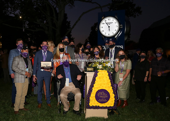 November 7, 2020 : Connections to Authentic at Champion's Terrace after the Longines Breeders' Cup Classic on Breeders' Cup Championship Saturday at Keeneland Race Course in Lexington, Kentucky on November 7, 2020. Ryan Denver/Eclipse Sportswire/Breeders' Cup/CSM
