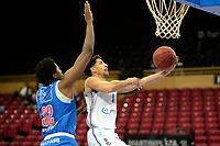18-05-2021: Basketbal: Donar Groningen v Heroes Den Bosch: Groningen, Donar speler Leon Williams met Den Bosch speler Alan Herndon