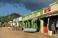 KENYA, Kisumu County, Kaimosi, shops along street sell second hand clothes from Europe and other goods / KENIA, Kaimosi, shops, Verkauf von Alttextilien aus Europa