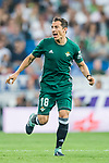 Jose Andres Guardado Hernandez of Real Betis in action during the La Liga 2017-18 match between Real Madrid and Real Betis at Estadio Santiago Bernabeu on 20 September 2017 in Madrid, Spain. Photo by Diego Gonzalez / Power Sport Images