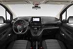 Stock photo of straight dashboard view of 2021 Opel Combo-Life XL-Edition 5 Door Minivan Dashboard