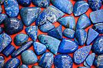 Deutschland, Bayern, Mittel-Schwaben, Unterallgaeu, Bad Woerishofen: Kunstmarkt - Lapislazuli | Germany, Bavaria, Swabia, Lower Allgaeu, Bad Woerishofen: art market - lapis lazuli