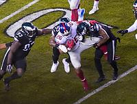 running back Saquon Barkley (26) of the New York Giants wird gestoppt von cornerback Ronald Darby (21) of the Philadelphia Eagles - 09.12.2019: Philadelphia Eagles vs. New York Giants, Monday Night Football, Lincoln Financial Field