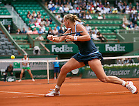 France, Paris, 02.06.2014. Tennis, French Open, Roland Garros, Kiki Bertens (NED) (foreground) in het match against  Andrea Petkovic (GER)<br /> Photo:Tennisimages/Henk Koster