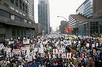 Manifestation<br />  de syndiqués en 1993