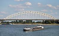 Nederland  Nijmegen  - September 2020 . De Waalbrug.   Foto : ANP/ Hollandse Hoogte / Berlinda van Dam