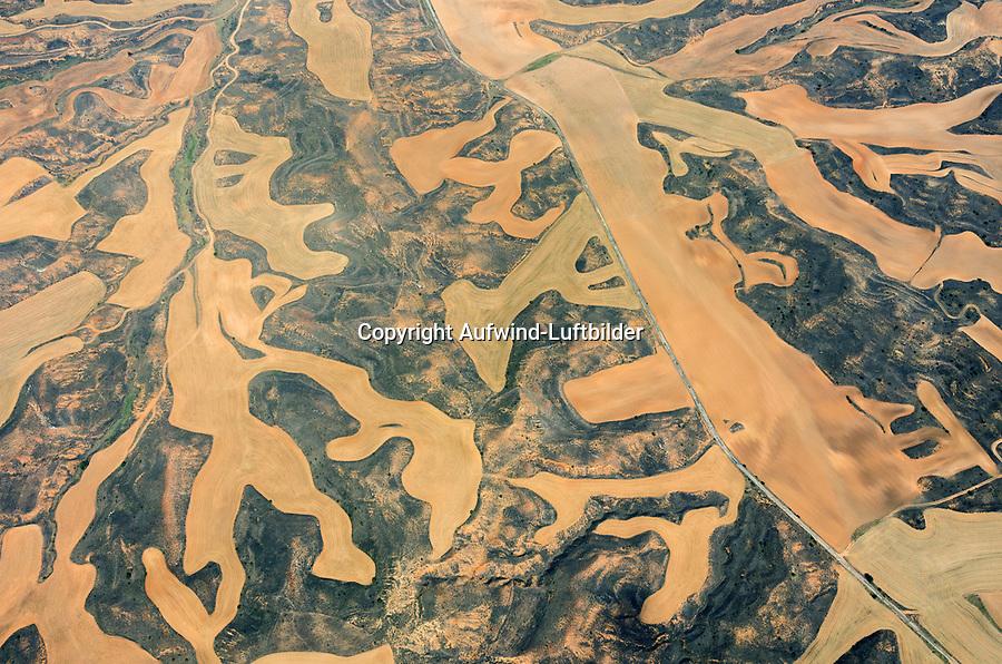 Spanische Landschaft: SPANIEN, KASTILIEN LEON, 20.07.2012: Landschaft der Provinz Kastilien- Leon