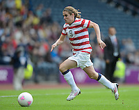 Glasgow, Scotland - Saturday, July 28, 2012: Heather O'Reilly  of the USA Women's soccer team during a 3-0 win over Colombia in the first round of the Olympic football tournament at Hamden Park.