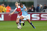 Nikita Parris of Manchester City Women and Louise Quinn of Arsenal Women