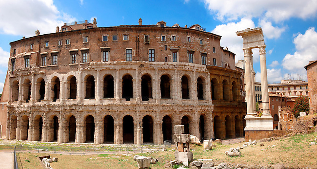 Marcello Theatre . Rome