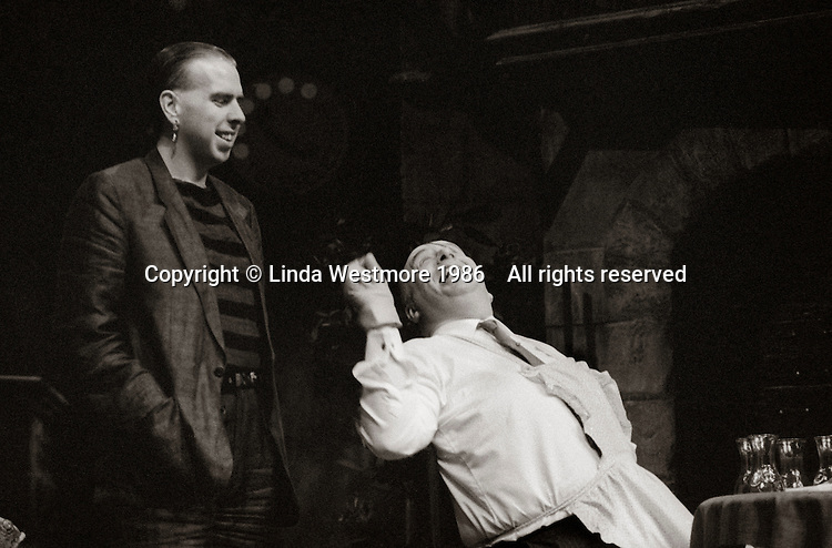 """Nicia (John Savident) and Ligurio (Timothy Spall) in """"Mandragola"""" by Niccolo Machiavelli, directed by David Gilmore, designed by Roger Glossop, National Theatre, London, 1986."""