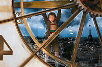 FILMBILD / T: Entdeckung des Hugo Cabret, Die / Hugo D: Asa Butterfield R: Martin Scorsese P: USA J: 2011 DA: * Bildrechte: Paramount Originaldateiname: 610909 Filmstill // HANDOUT / EDITORIAL USE ONLY! / Please note: Fees charged by the agency are for the agency??s services only, and do not, nor are they intended to, convey to the user any ownership of Copyright or License in the material. The agency does not claim any ownership including but not limited to Copyright or License in the attached material. By publishing this material you expressly agree to indemnify and to hold the agency and its directors, shareholders and employees harmless from any loss, claims, damages, demands, expenses (including legal fees), or any causes of action or allegation against the agency arising out of or connected in any way with publication of the material.